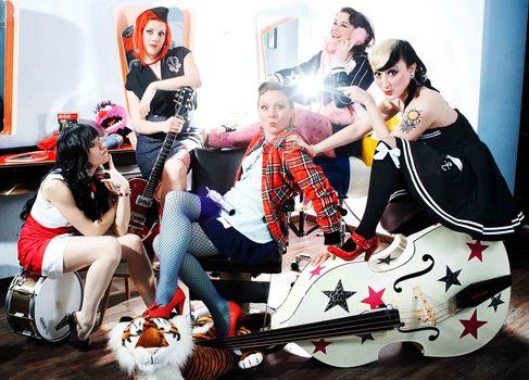 Honky Tonk 2013 - Peggy Sugarhill & The Eldorado Tigerettes - Foto (c) Paula Kopczynski