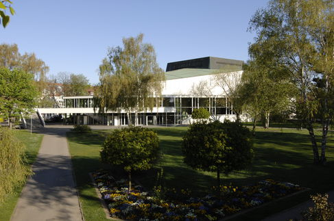 City Theatre with various Europe's artists each season