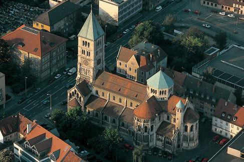 Heilig Geist-Kirche _ Luftbild625A