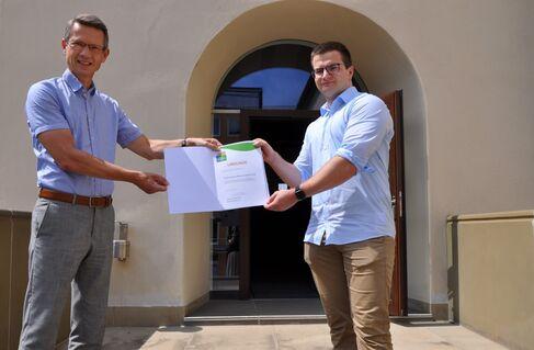Übergabe Teilnahmeurkunde Umwelt- und Klimapakt Bayern_Firma Leimeister