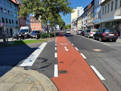 Neuordnung Kreuzung Kornmarkt-Bauerngasse und Rotbelag Obere Straße und Zehntstraße