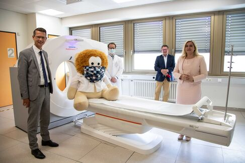 Leopoldina-Krankenhaus Ministerin Huml - Foto (c) Stefan Pfister (12)