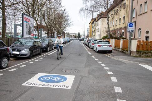 Fahrradstraße Gustav-Heusinger-St. - Foto (c) Stefan Pfister (8)
