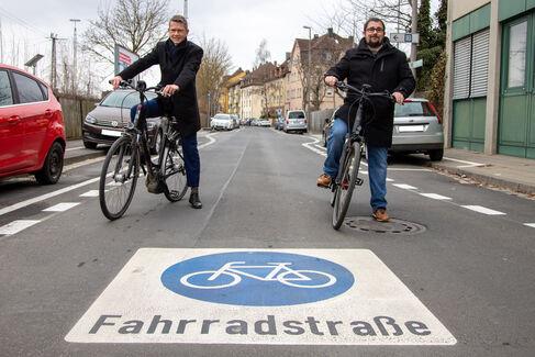 Fahrradstraße Gustav-Heusinger-St. - Foto (c) Stefan Pfister (5)