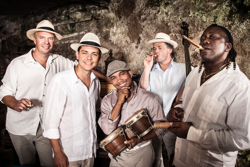 Nachsommer 2019 - Klazz Brothers und Cuba Percussion - Foto (c) Mirko Joerg Kellner